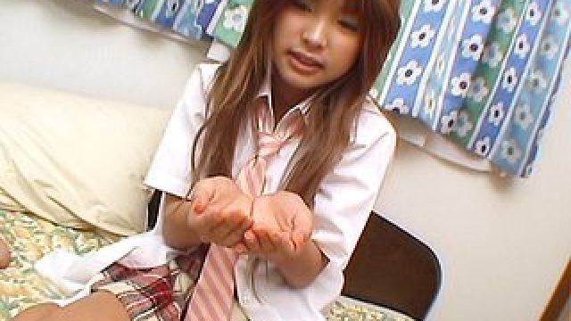 Pipé par une étudiante japonaise, comme si vous y étiez !